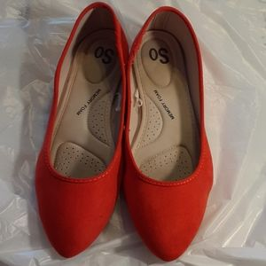 SO Red Flats